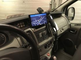 Navigationsgerät eingebaut im Mannschaftstransportwagen der Ortsfeuerwehr Kutenholz.